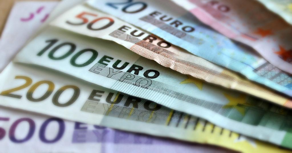 Kas riigikogu rahanduskomisjon teeb täna II samba väljamaksed paremaks või viivitab edasi?